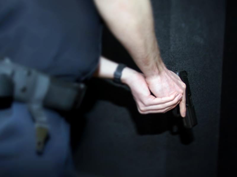 Erneuter Schlag gegen die Drogenkriminalität – Festnahmen nach Durchsuchungen von mehreren Wohnungen – ErheblicheMengen Betäubungsmittel beschlagnahmt