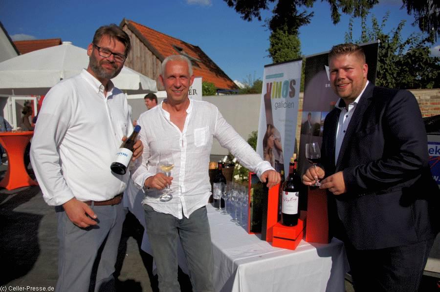 """Großer Andrang beim """"1. Hof- & Weinfest"""" bei eWine"""