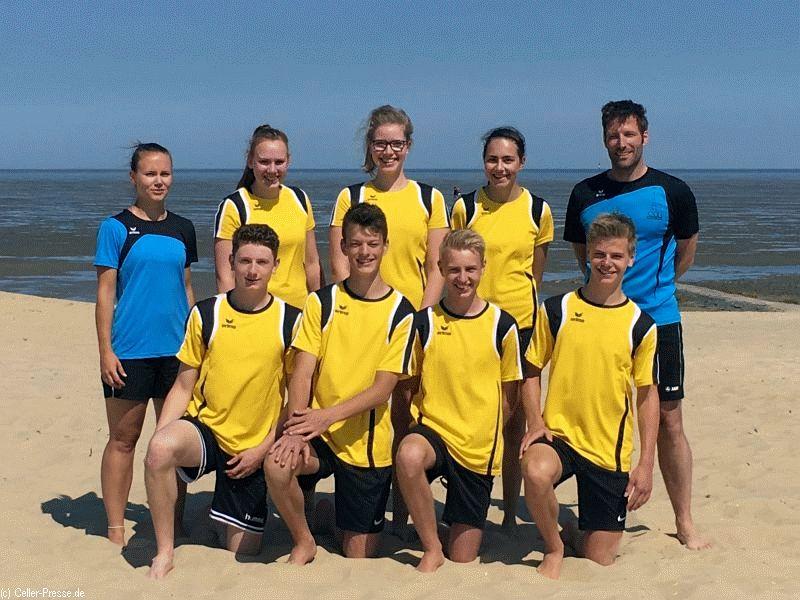 Beachvolleyballer qualifizieren sich für das Landesfinale