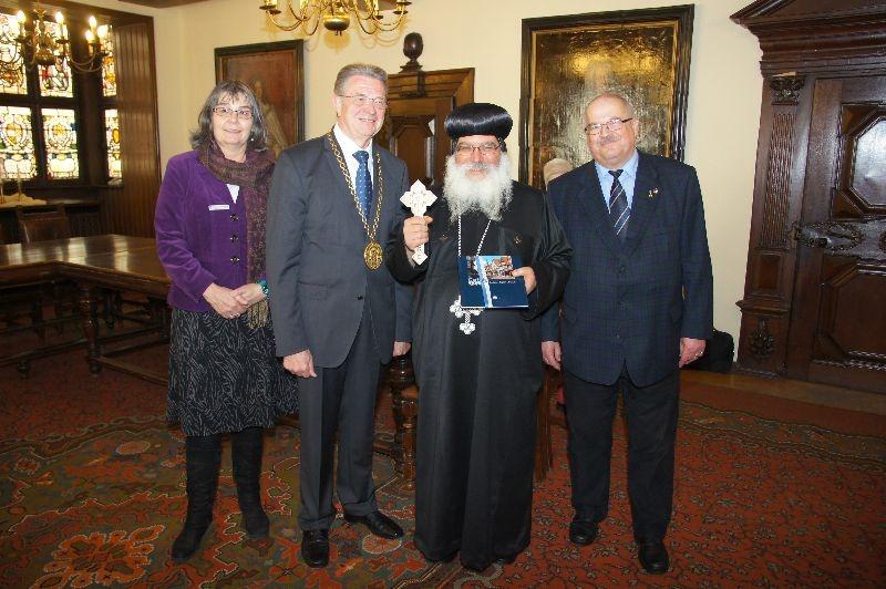 Bischof Anba Damian besucht Celle