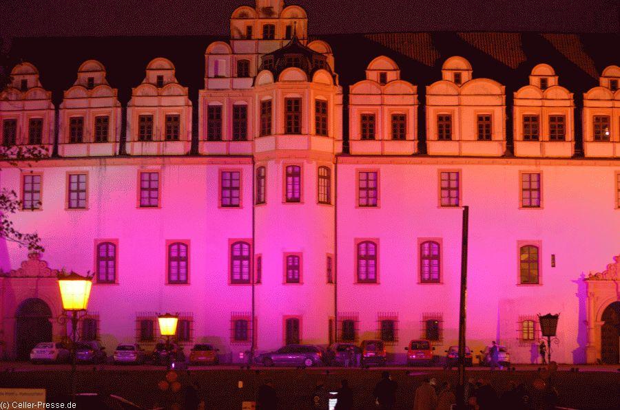 Celler Schloss erstrahlte in Pink