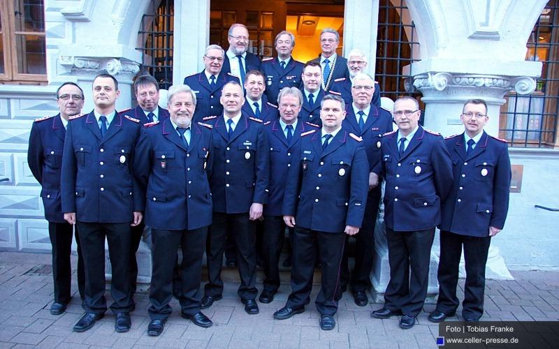 Ehrung verdienstvoller Feuerwehrmitglieder