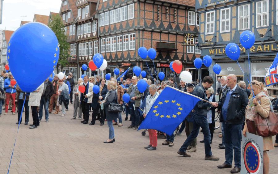 Europacafé: Pulse of Europe blickt gespannt nach Italien