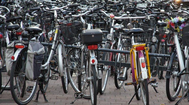 """WG: """"Stadt baut Fahrradständer ohne Vorankündigung ab"""""""