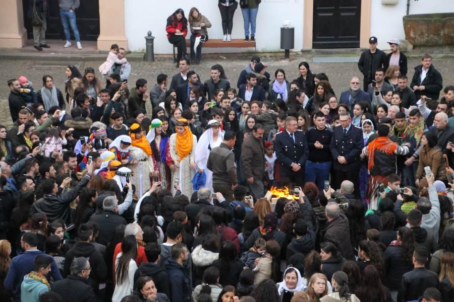 Êziden feiern NEWROZ-Fest im Celler Schloss