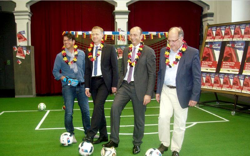 Fußballfieber in der CD-Kaserne: Sparkasse Celle und CD-Kaserne laden zum maxxyViewing für die ganze Familie ein