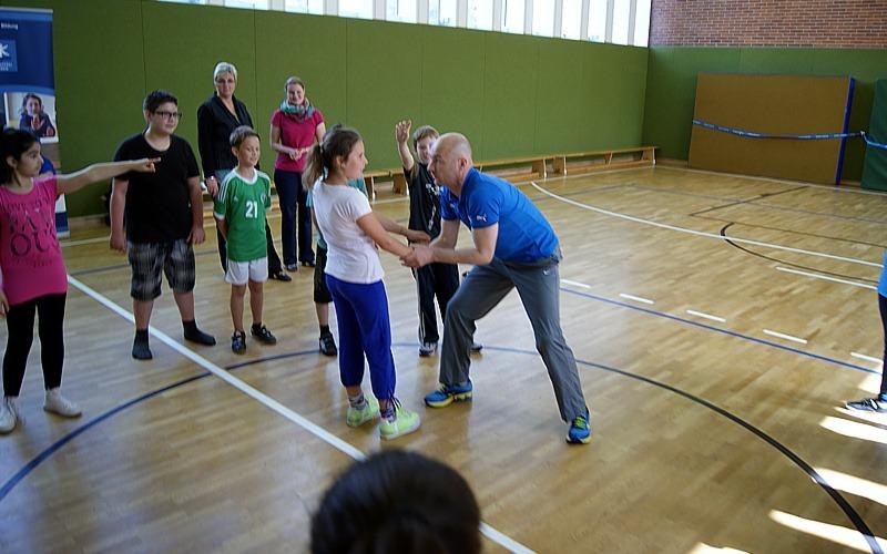 Gewaltprävention an der Grundschule Heese-Süd mit Viertklässlern
