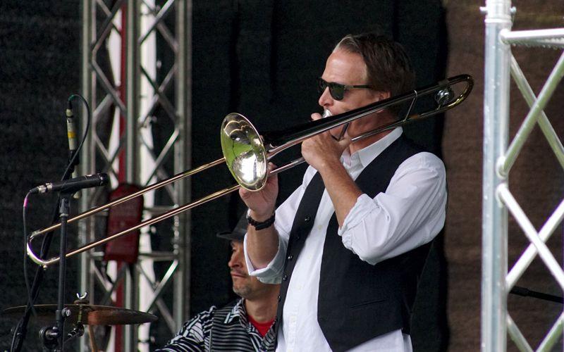 """""""Jazz zum Dritten"""" – Einheitsfeier am Schloss"""