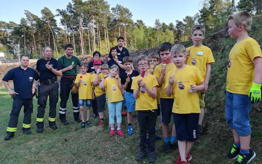 Kinderfeuerwehr im Einsatz für den Artenschutz