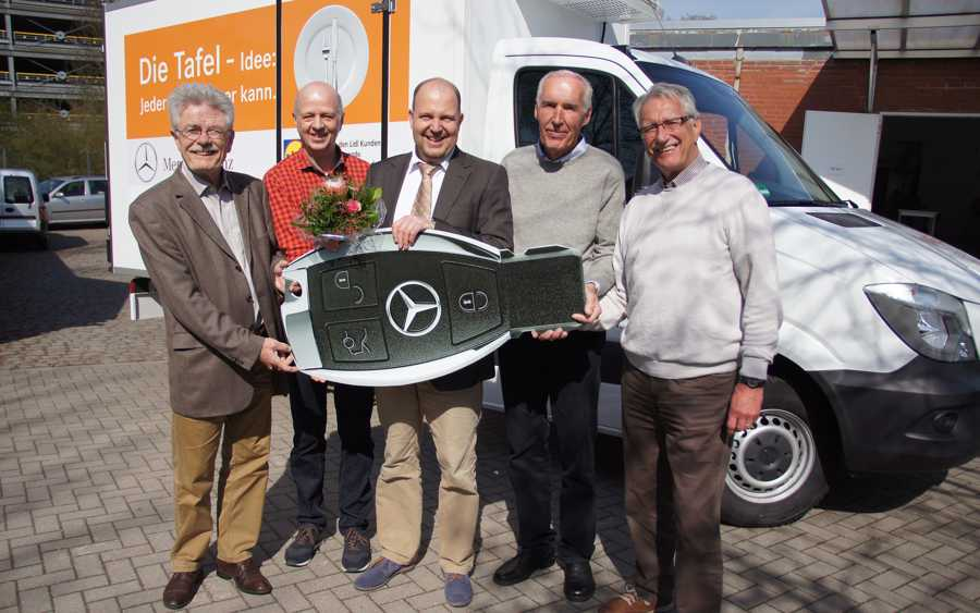 Ein 3,5 t Mercedes Kühltransporter für die Celler Tafel