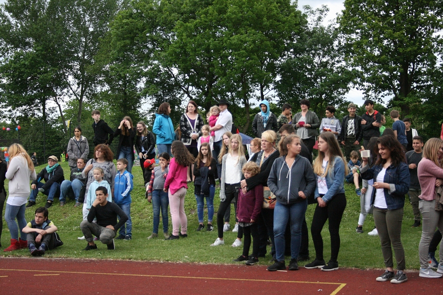 Nach dem Gedächtnistraining stieg das große Schulfest