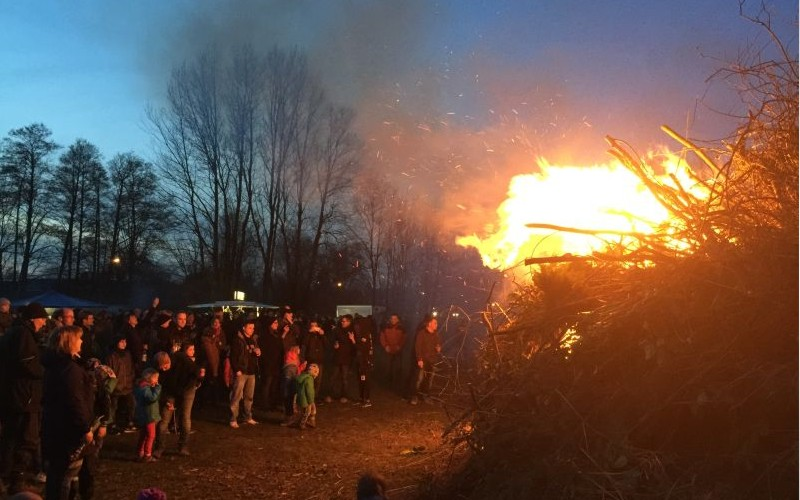 Osterfeuer in Westercelle