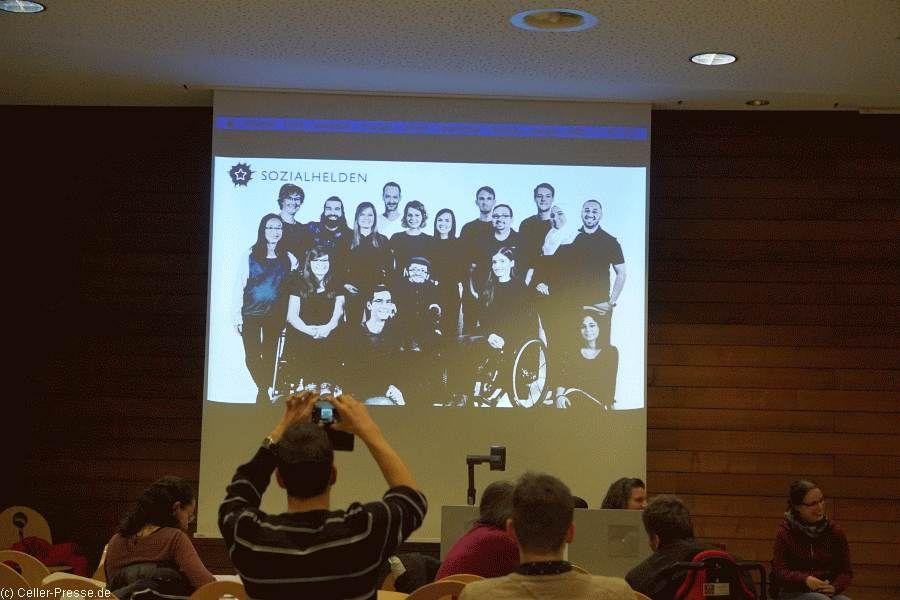 """Raúl Krauthausen informiert in Hannover über """"Disability Mainstreaming – Die SOZIALHELDEN und ihre Projekte"""""""