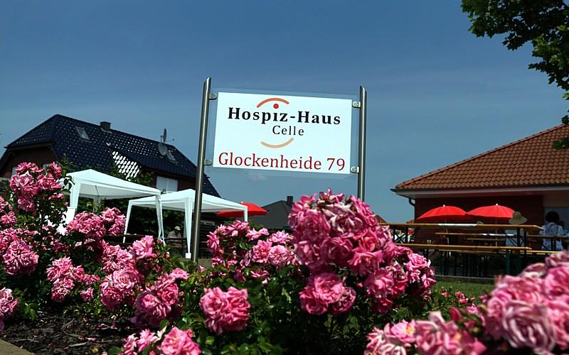 """""""Mitten im Leben"""" – Sommerfest im Hospiz-Haus Celle"""