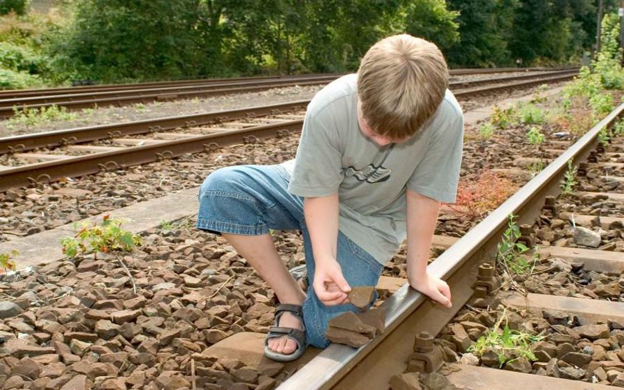 Tödliche Gefahr an den Bahnschienen