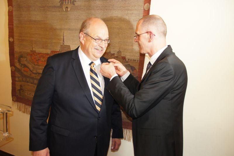 Verdienstkreuz des Bundespräsidenten für Dr. Udo Hörstmann