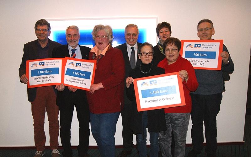 Volksbank Celle unterstützt gemeinnützige Initiativen mit 4.000 EURO