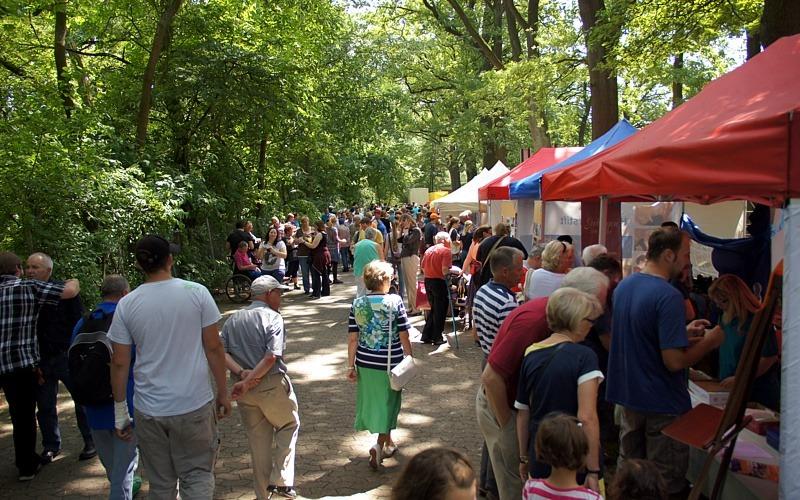 Volksfeststimmung auf dem Lobetaler Jahresfest