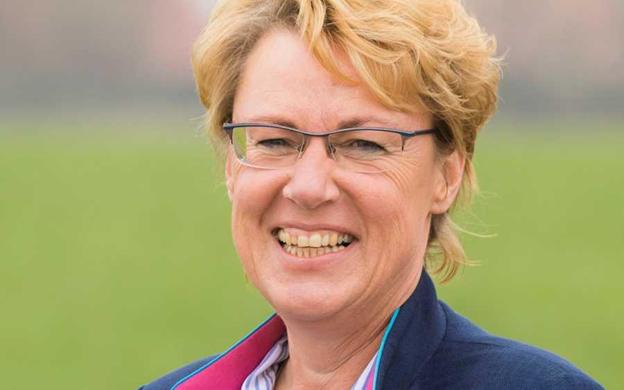 Bislang 1.800 Anträge für Dürrehilfe – Landwirtschaftsministerin Barbara Otte-Kinast spricht heute vor der Kammerversammlung