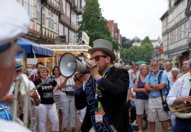 Marching- und Brassbands verzaubern Celle