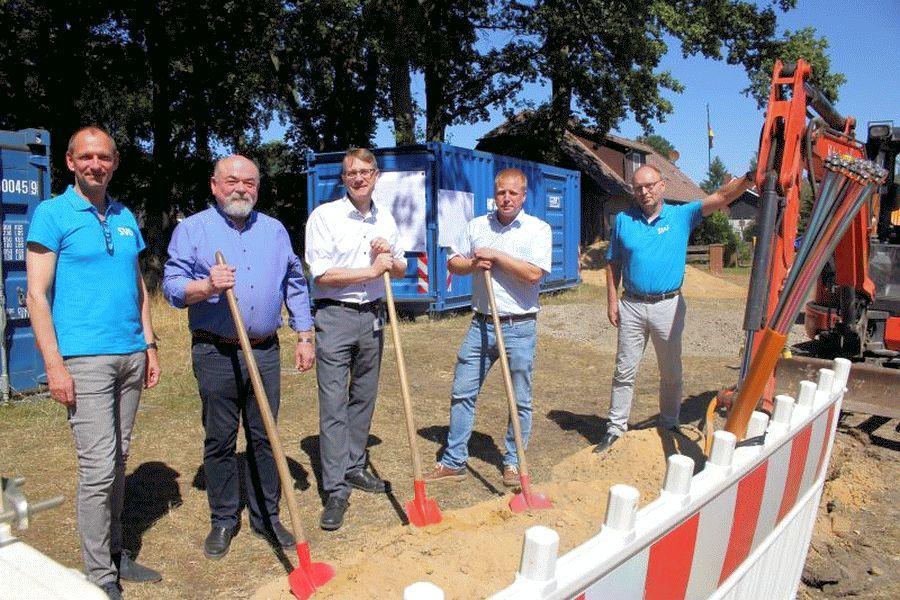 Investition in die Zukunft: SVO beginnt mit Glasfaserausbau in Bostel