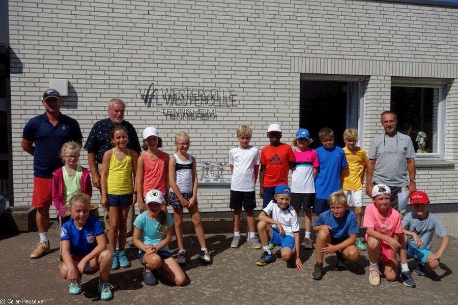 Bundesweiter Red-, Green- und Orange-Tennis-Cup beim VfL Westercelle: Nachwuchs sammelt Punkte wie die Profis