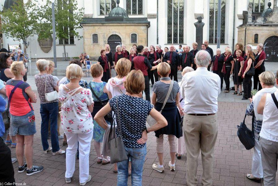 Gemischter Chor Großmoor: Nord singt für Süd