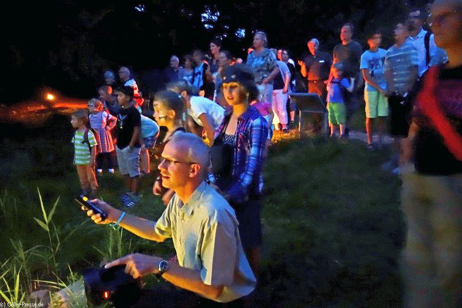 Pirsch mit Detektor und Taschenlampe – Bat Night im Museumsdorf mit Aktionen für Kinder und Erwachsene