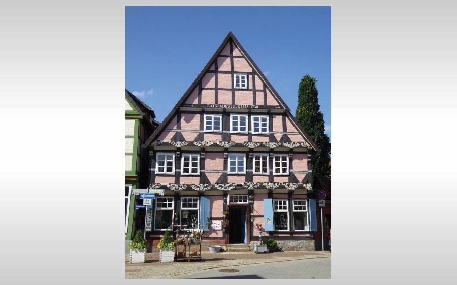 Vortrag zur Ornamentik an der Ratsbadestube im Bomann-Museum