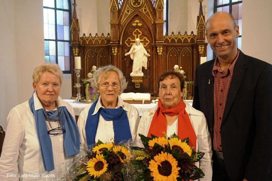 Brunhilde Ritzke erhält Ehrung für 50-jährige Mitgliedschaft