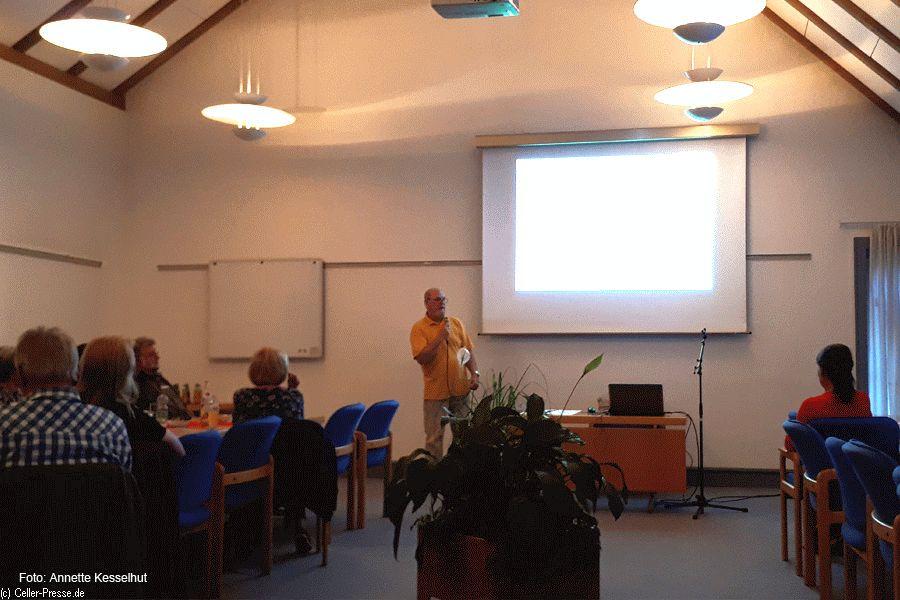 """Info-Abend von SoVD Ortsverband Nienhagen und Seniorenbeirat Nienhagen informiert zum Thema """"und plötzlich rechtlicher Betreuer"""""""