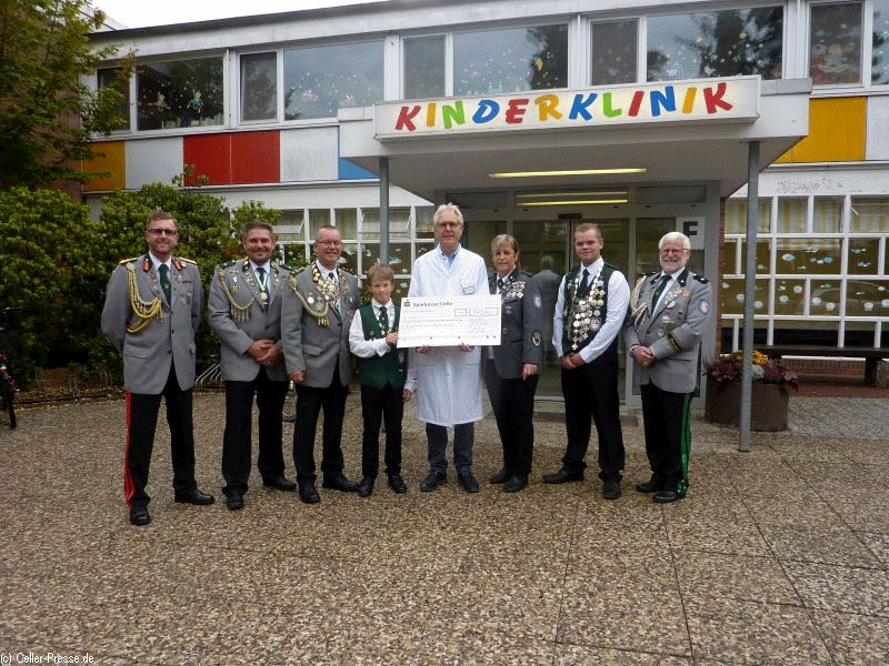Schützengesellschaft Altenceller Vorstadt spendet für die Kinderklinik