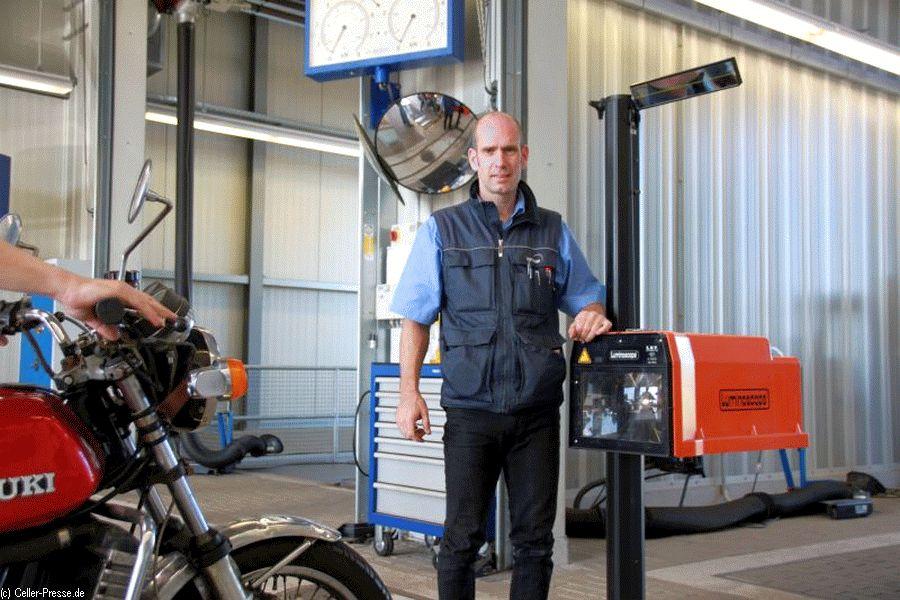 Sehen und gesehen werden: Kostenloser Lichtcheck im Oktober bei TÜV NORD