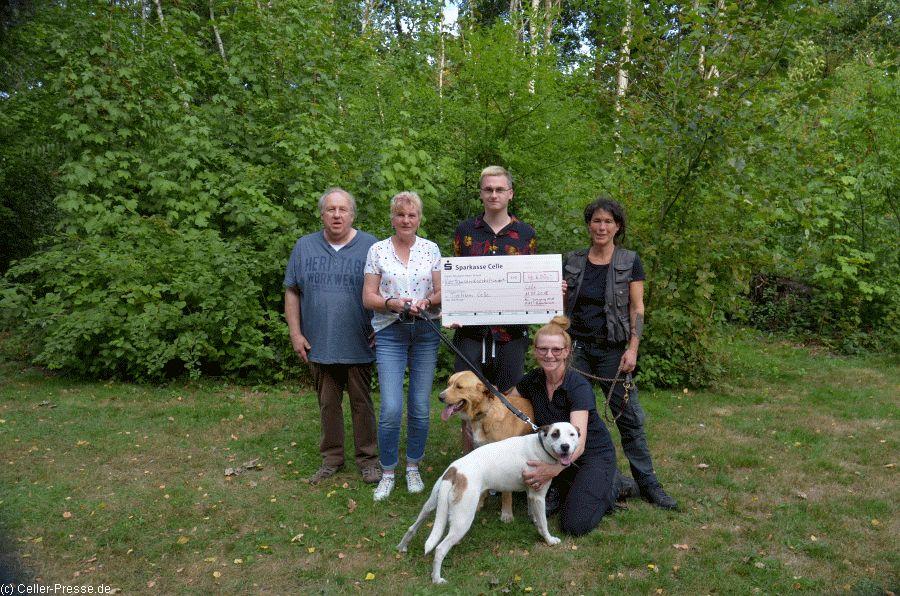 4.500 Euro für das Celler Tierheim
