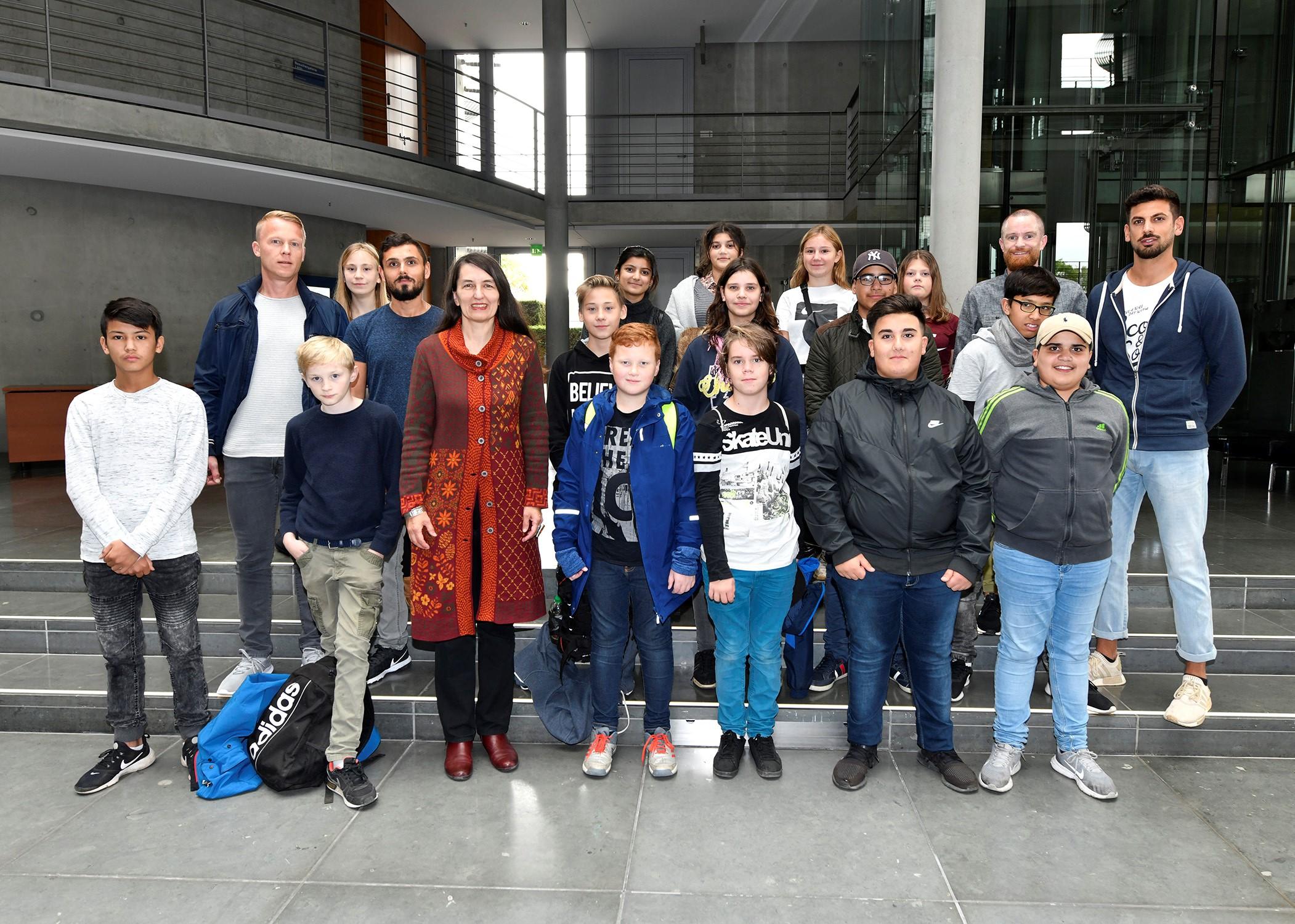 Jugendliche aus Celler Stadtteilprojekten erweitern Demokratieverständnis