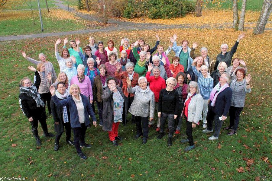 Adventskonzert: Frauenchor und Harfe mit Britten und Rutter