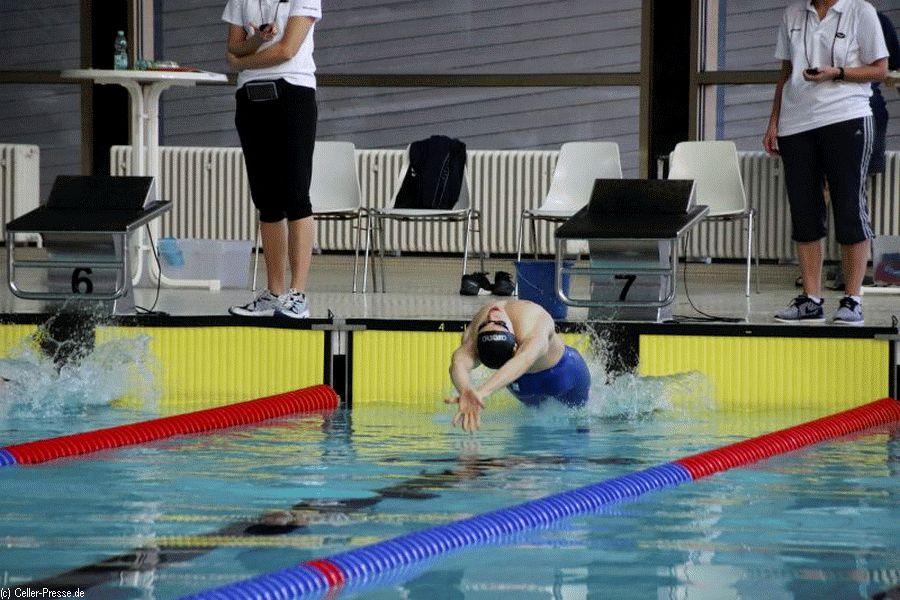 Landesmeisterschaften im Schwimmen: Daniel Meng (Celler SC) 2-facher Landeskurzbahnmeister – Mehrfache Jahrgangssieger und Edelmetall für den Kreis Celle