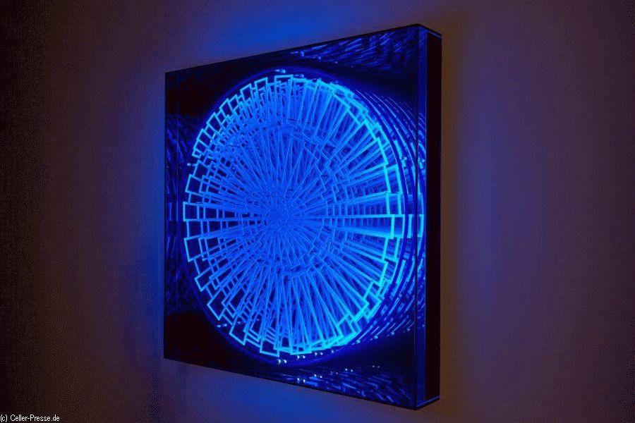 Lichtkosmos im Kasten – Langer Tag und Dämmerführung im Kunstmuseum Celle