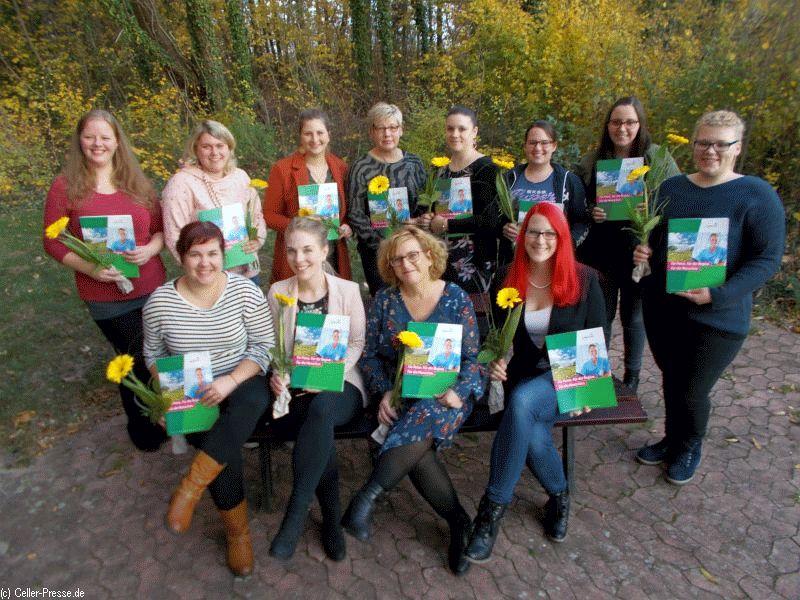 Praxisanleiter für Pflegerufe beenden Ausbildung – 200 Stunden Theorie mit Recht, Didaktik und Co.