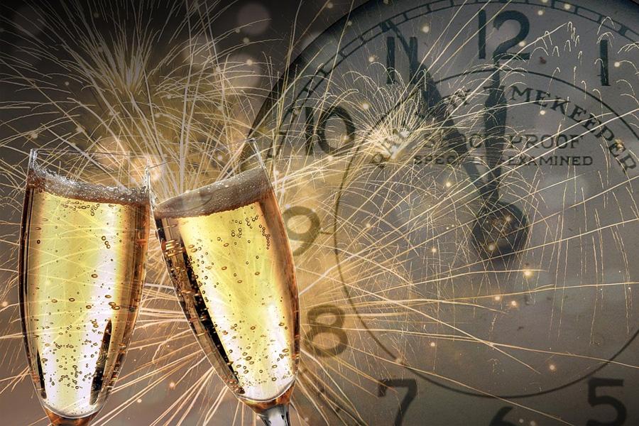 Wir wünschen Ihnen einen guten Rutsch ins neue Jahr 2019!