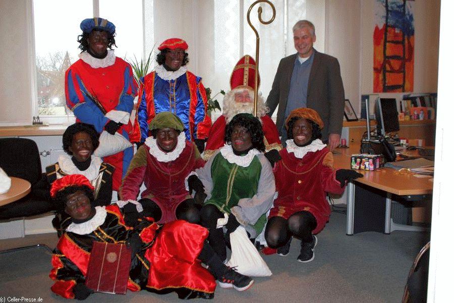 Sinterklaas zu Besuch im Rathaus