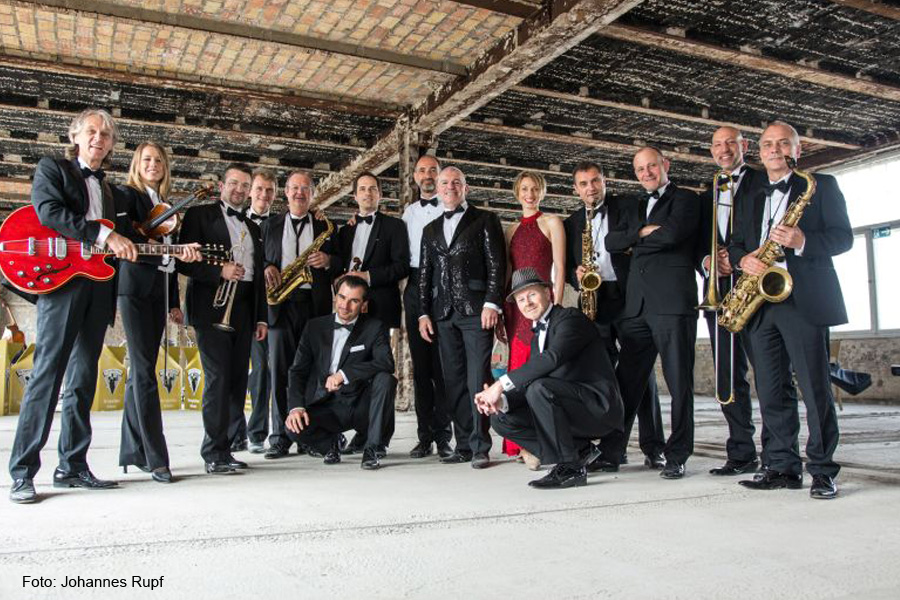 Highlight im Advent: The Capital Dance Orchestra is coming to town: Swinging Christmas in der Congress Union