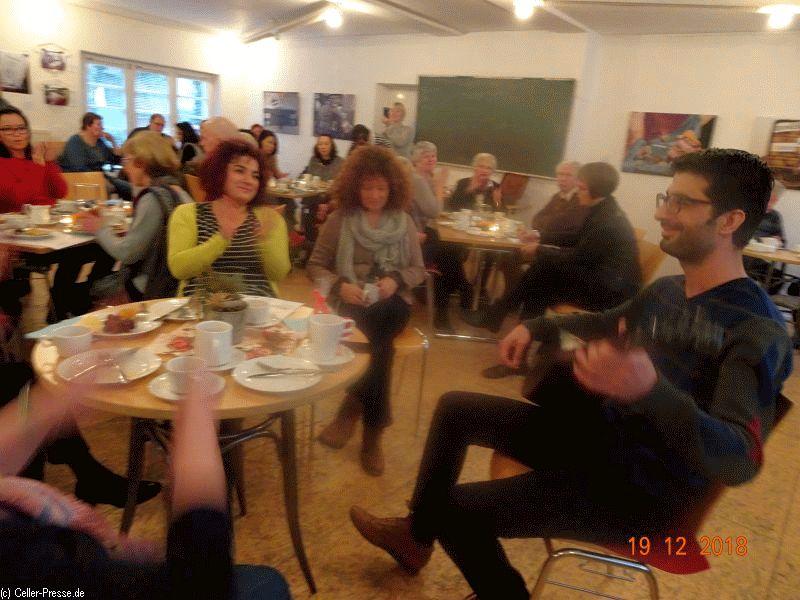 Wie duftet Heimat? Nach Weihnachten? – Foto-Ausstellungseröffnung mit interkulturellem Frühstück im MehrGenerationen Haus