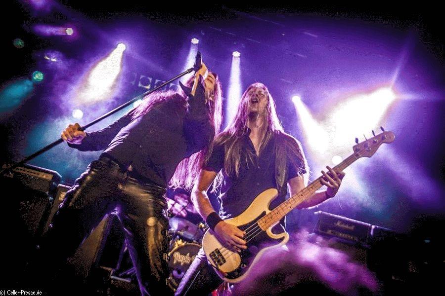 Authentische Rocksounds der Siebziger werden von Purple Rising wieder erweckt Deutschlands gefragteste Deep-Purple-Tribute-Band in der CD-Kaserne