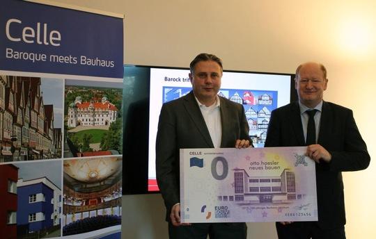 Das touristische Bauhaus – Jubiläumsjahr startet in Celle mit einem exklusiven 0 Euro Schein und neuen Führungsformaten per Rad, zu Fuß oder per Segway