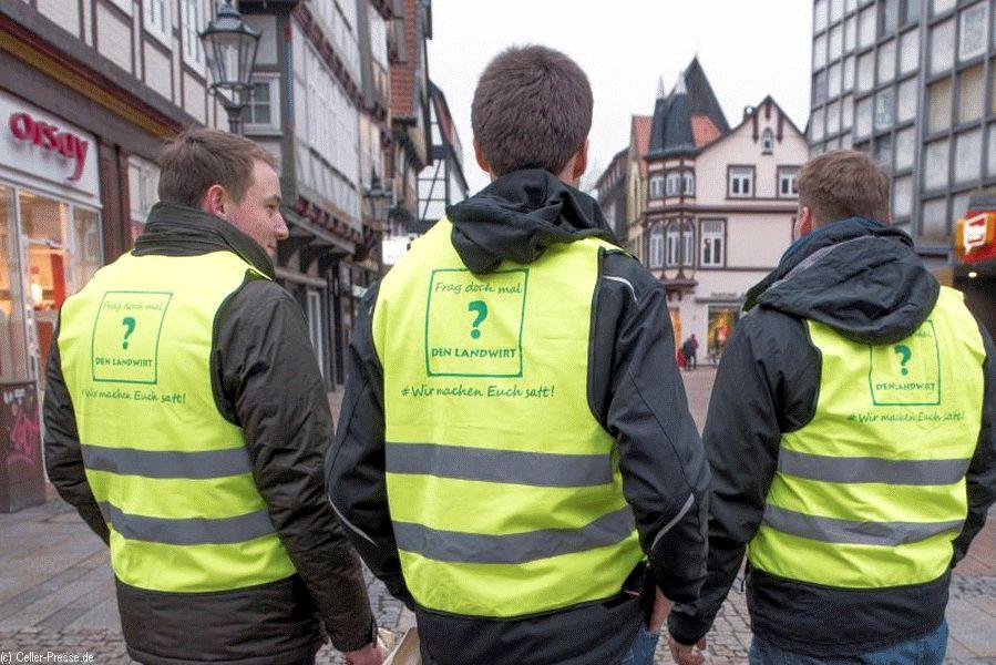 Dialog statt Protest in Celle – Celler Bauern informieren und diskutieren vor Ort mit Verbrauchern