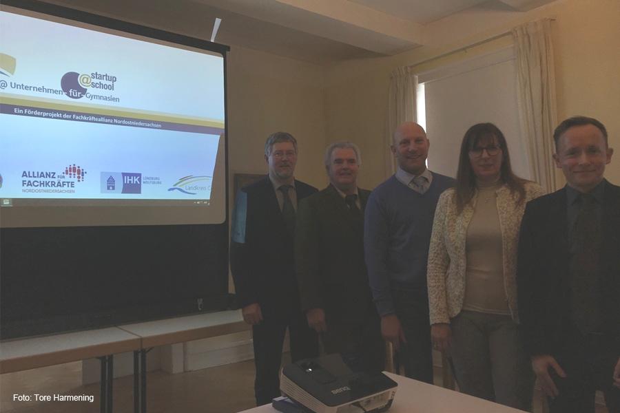 Kooperation zwischen Schulen und Wirtschaft – Startschuss für Pilotprojekt startup@Unternehmen-für-Gymnasien