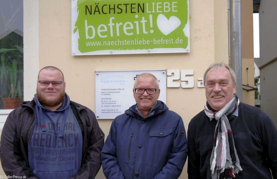 """Neues Team in Anlaufstelle """"Projekt Brückenbau"""""""