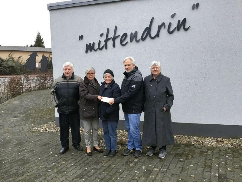 """1.200 Euro für die Bewohner von """"mittendrin"""" – Ehemalige Bewohnerin hinterlässt Demenz-WG eine großzügige Spende"""