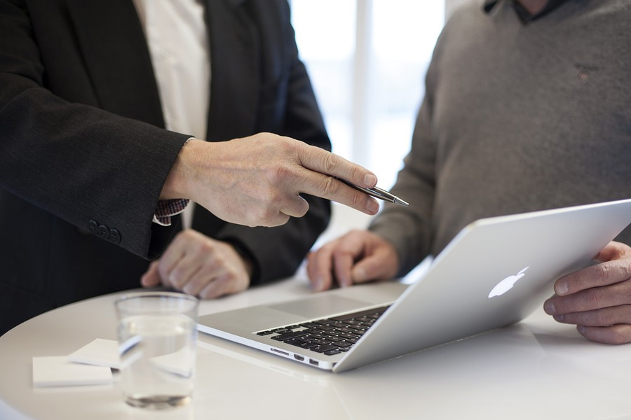 IHKLW bietet telefonische Expertentage – Beratung für Gründer und Unternehmen im Großraum Celle und Heidekreis
